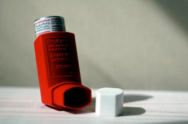 metered dose inhaler, inhaler with spacer,
